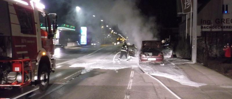Fahrzeugbrand auf der Mariazeller Straße