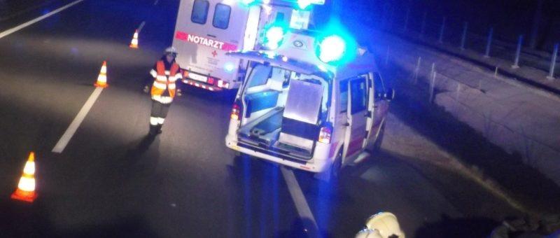 2 Verletzte bei PKW-Unfall auf der S33