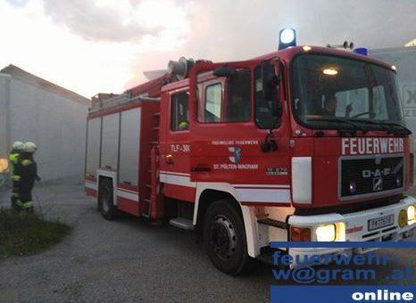 Brandmeldeanlage meldet MÜllcontainerbrand in Ratzersdorf