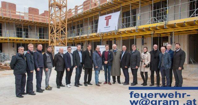 FF St. Pölten-Wagram besucht Nachbarschafts-Neubau