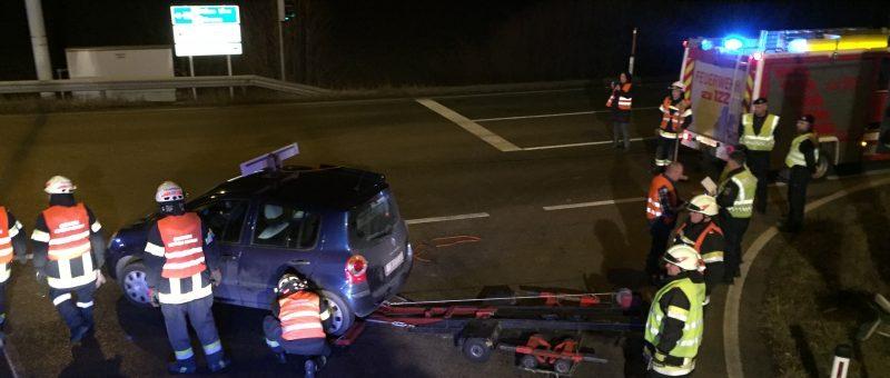 Verkehrsunfall in der Nacht auf Samstag